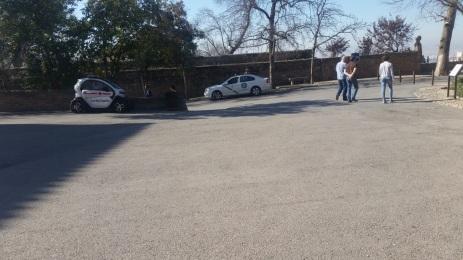 Recepción de autoridades a pie de coche